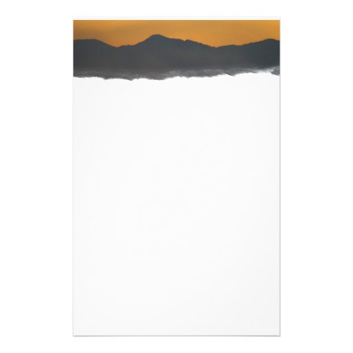 Salida del sol de la montaña de Smokey Papeleria