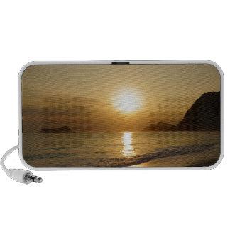 Salida del sol de la playa de Waimanalo PC Altavoces
