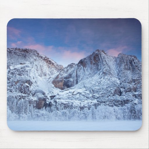 Salida del sol de las cataratas de Yosemite Mousepads