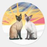 Salida del sol de Navidad - dos gatos siameses Pegatinas Redondas