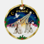 Salida del sol de Navidad - fox terrier de dos Ornamentos De Reyes