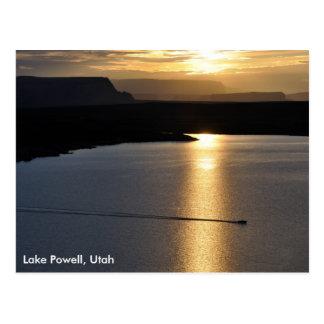 Salida del sol de Powell del lago - zona de recreo Postales