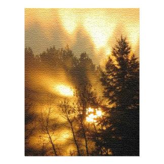 Salida del sol del bosque plantilla de membrete