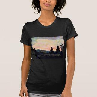 Salida del sol del cielo de julio del rezo de la s camisetas