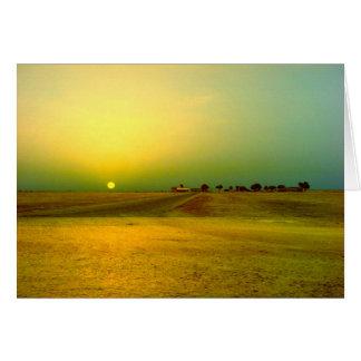 Salida del sol del desierto tarjeta de felicitación