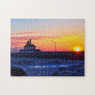 Salida del sol del faro de Duluth Minnesota Puzzle