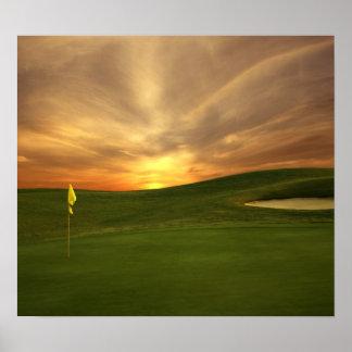 Salida del sol del golf póster