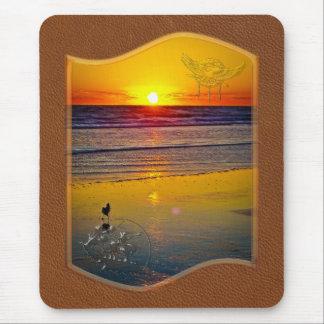 Salida del sol del océano reflejada en arte mouse pad