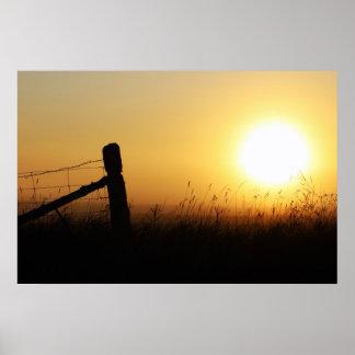 Salida del sol del país poster