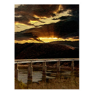 Salida del sol del puente de California Postales