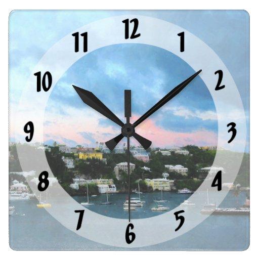 Salida del sol del puerto de Wharf Bermudas de rey Relojes