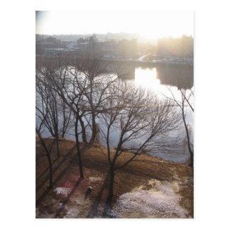 salida del sol del río Hudson Tarjetas Postales