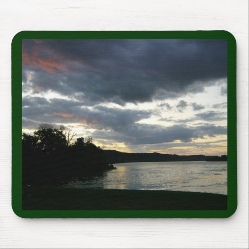 Salida del sol del valle del río Ohio Alfombrilla De Ratones