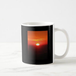 Salida del sol en 30.000 pies taza de café