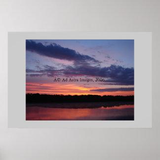 Salida del sol en el lago Olathe Póster