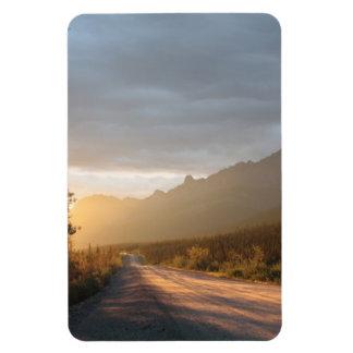 Salida del sol en la carretera de Dalton en Alaska Iman Flexible