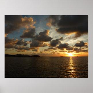 Salida del sol en las Islas Vírgenes de St Thomas Póster