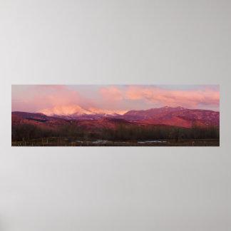 Salida del sol en las montañas rocosas de Colorado Póster