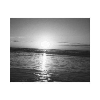 Salida del sol en negro y blanco lona estirada galerías