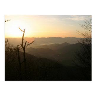 Salida del sol en Ridge de cobre rastro apalache Tarjetas Postales