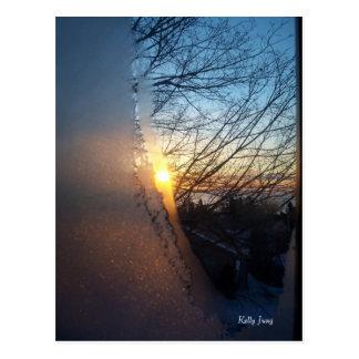 Salida del sol escarchada postales