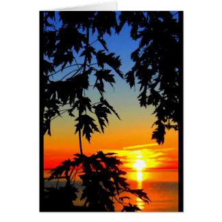 Salida del sol hermosa del cumpleaños a la puesta tarjeta de felicitación