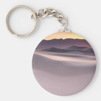 Salida del sol hermosa del desierto llavero redondo tipo pin