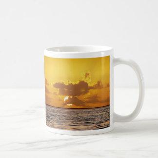 Salida del sol isletas ahogadas Belice Taza De Café