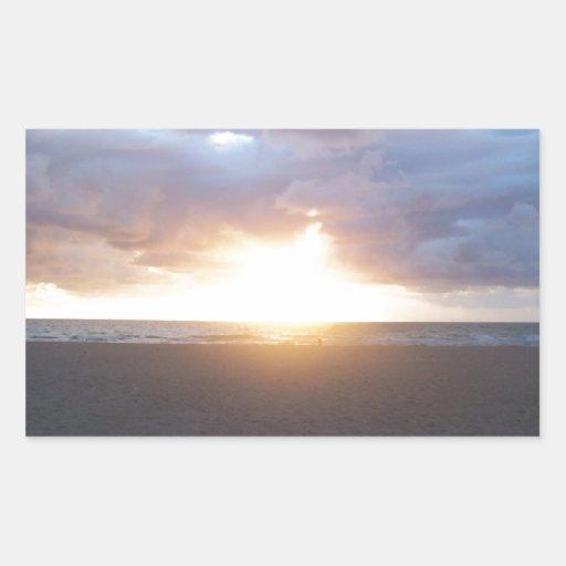 Salida del sol pegatina rectangular