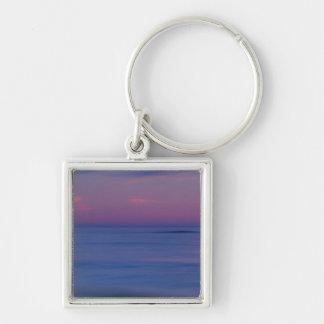 salida del sol Púrpura-coloreada en la orilla 2 de Llavero