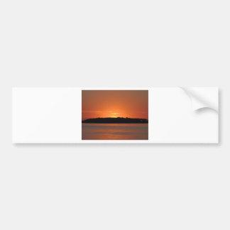 Salida del sol rocosa del punto etiqueta de parachoque
