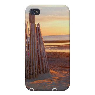 Salida del sol romántica de Cape Cod sobre el caso iPhone 4/4S Fundas