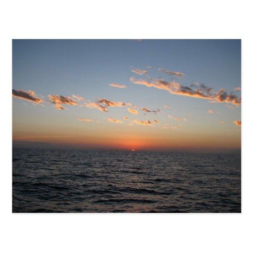 Salida del sol sobre el canal de Catalina Postales