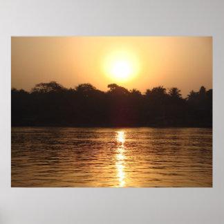 Salida del sol sobre el Ganges Bengala Occidental Impresiones