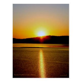 Salida del sol sobre el lago Arkansas beaver Postal