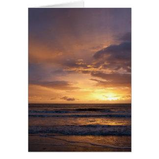 Salida del sol sobre el mar tarjeta de felicitación