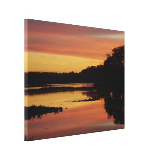 Salida del sol sobre el río de Maumme Impresión En Lienzo Estirada
