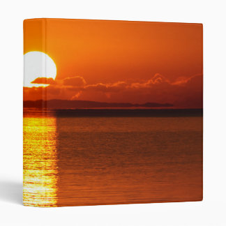 Salida del sol tropical en naranja