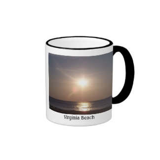 Salida del sol, Virginia Beach Taza De Dos Colores