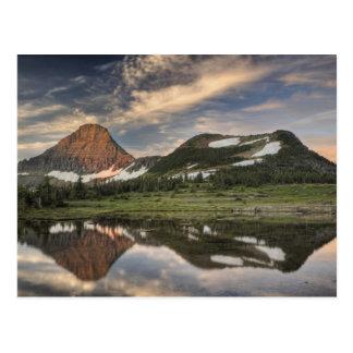 Salida del sol y reflexión, Parque Nacional Glacie Tarjeta Postal