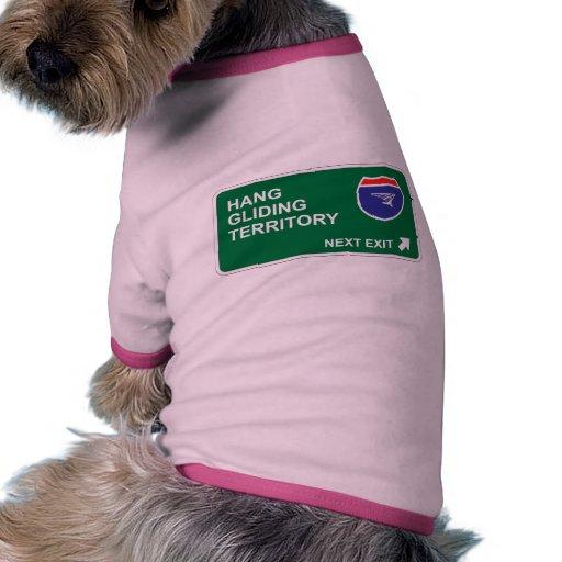 Salida siguiente del ala delta camiseta con mangas para perro