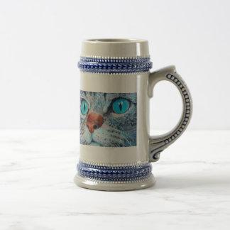 Sally el gato observado azul jarra de cerveza