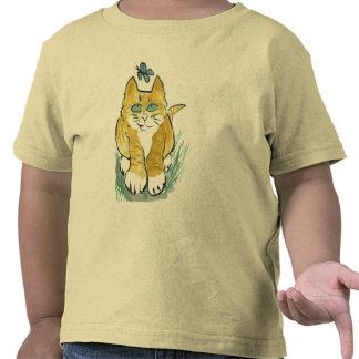 Sally, gatito de la mermelada ve una mariposa camisetas
