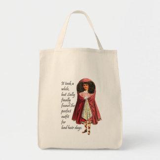 Sally y la su mala bolsa de asas del collage de