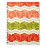 Salmones, coral, naranja, y modelo tropical verde spiral notebook