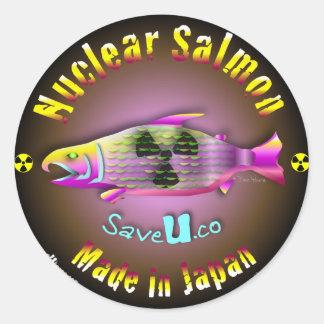 Salmones nucleares pegatina redonda