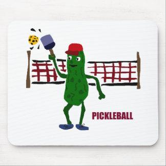 Salmuera divertida que juega Pickleball con el Alfombrilla De Ratón