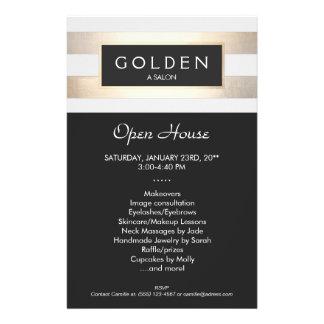 """Salón de pelo del oro elegante y balneario rayados folleto 5.5"""" x 8.5"""""""