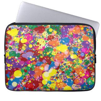 Salpicadura de la pintura del arco iris fundas computadoras