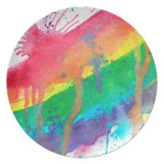 Salpicadura de la pintura del arco iris plato para fiesta